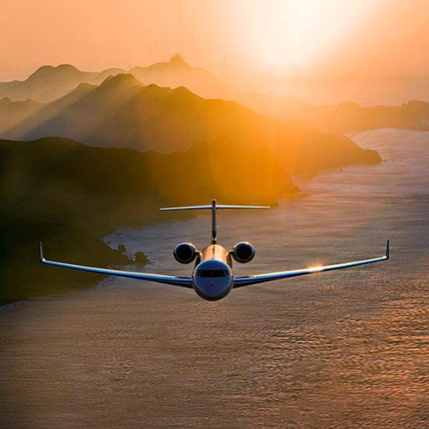 How Does a Private Jet Charter Compare to First Class?
