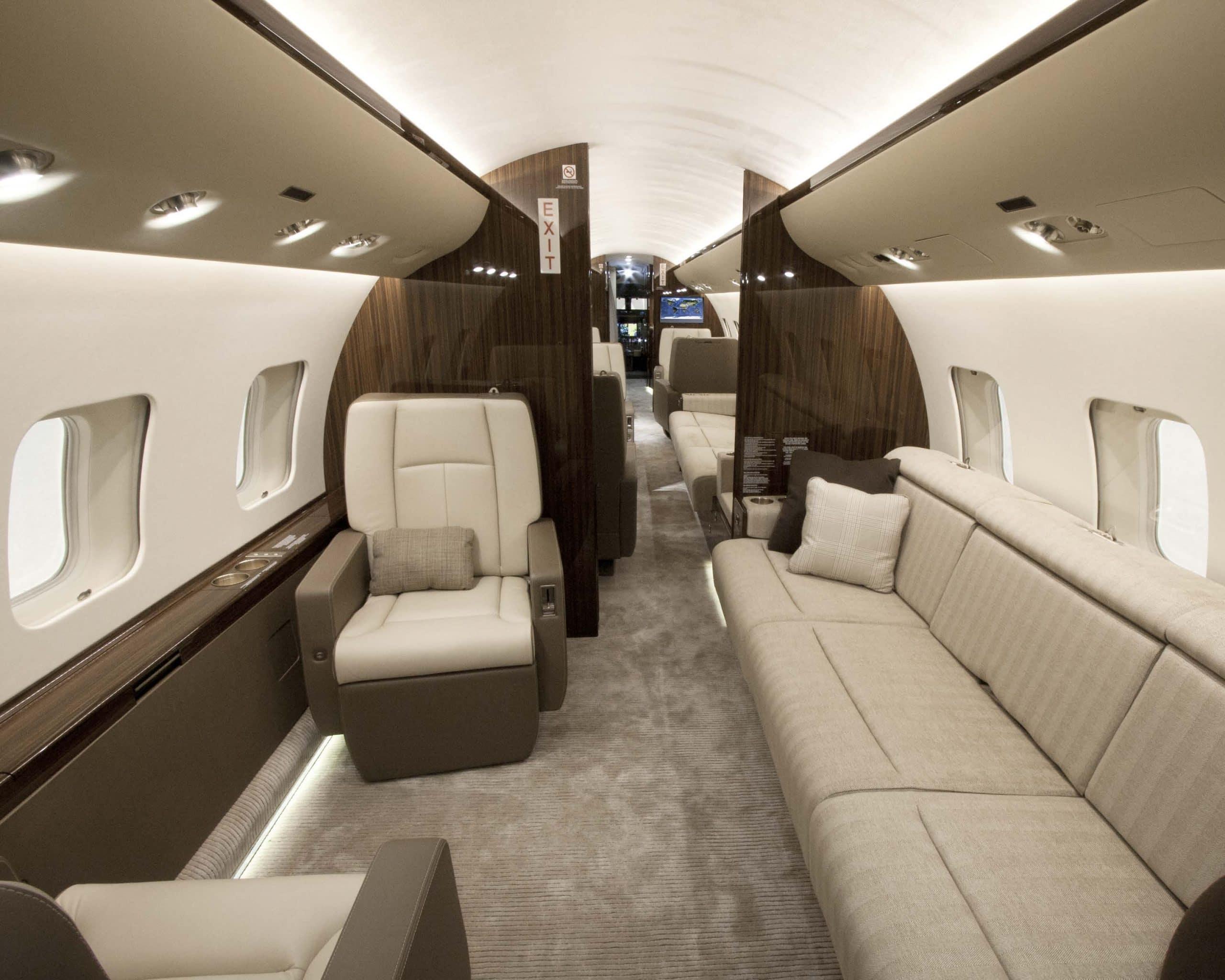 charter a global 6000
