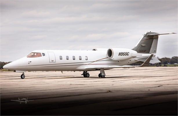 hire a Learjet 60XR