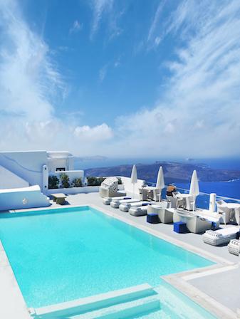 5 Tips for Renting Luxury Villas in Santorini