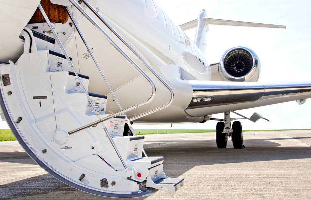 what are private empty leg flights